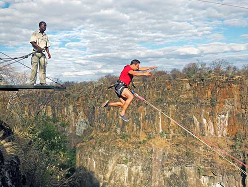 Gorge Swinging in Victoria Falls with Wild Horizons