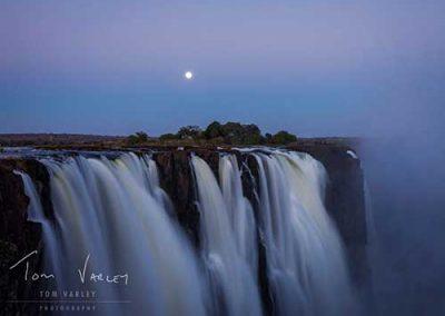 wild-horizons-lunar-moon